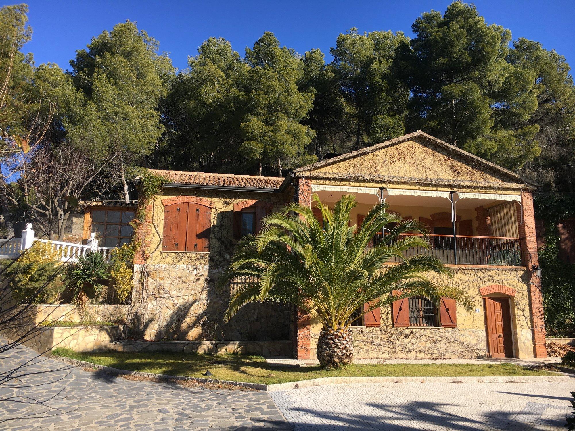 Ref:A10818 Villa For Sale in ALCOY