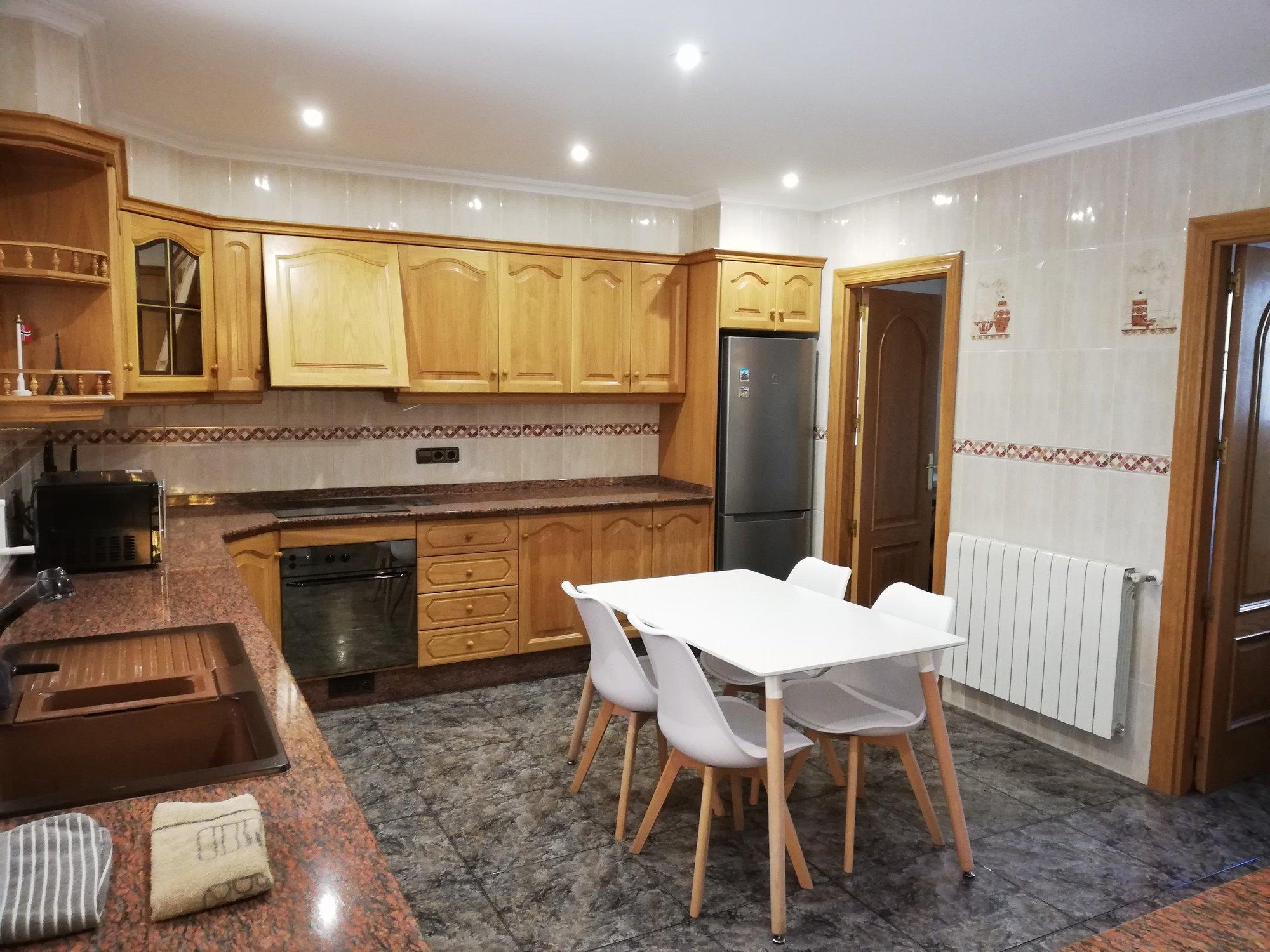 A16588: Villa for sale in ALCOY