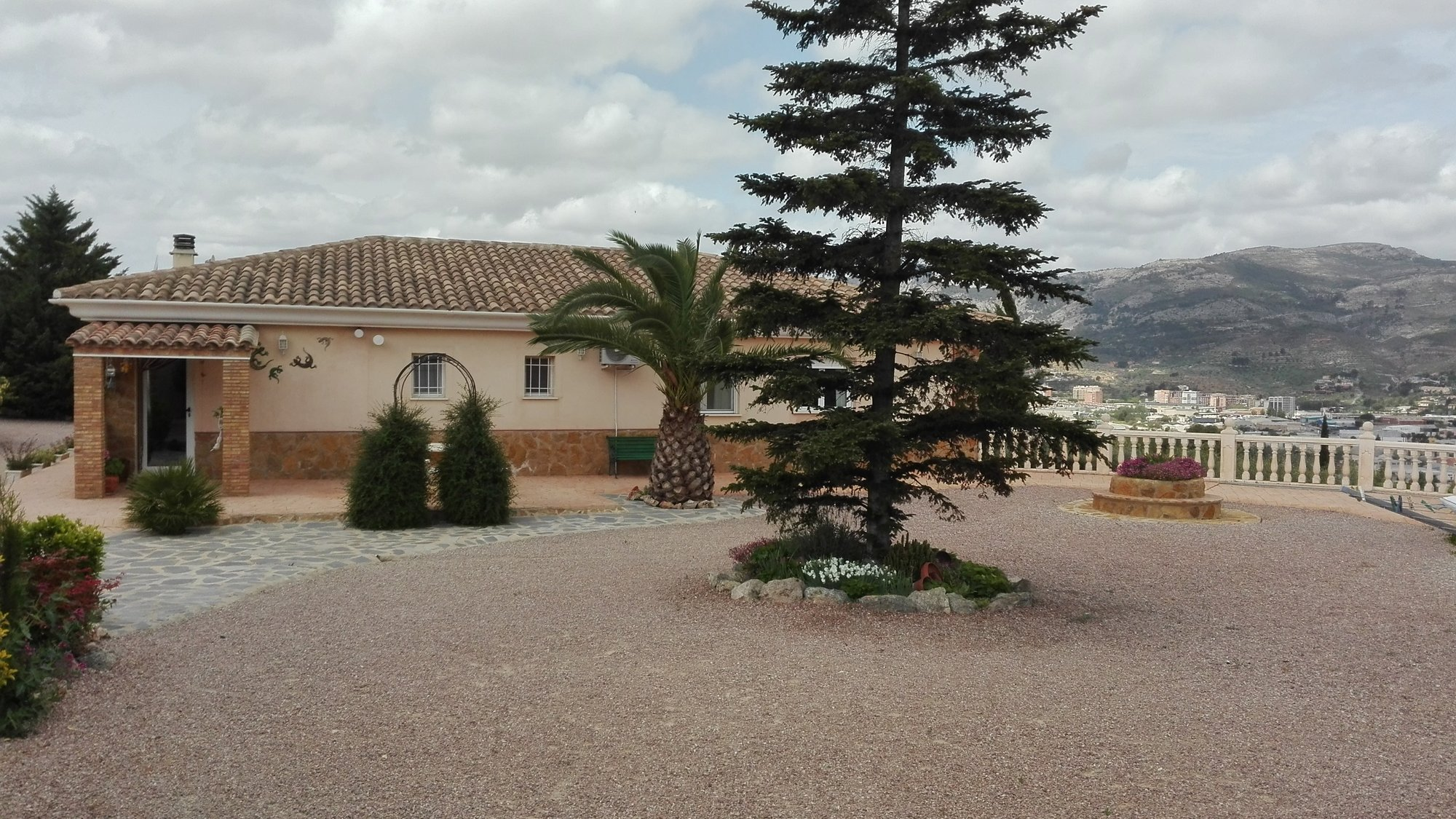 Ref:A15026 Villa For Sale in COCENTAINA