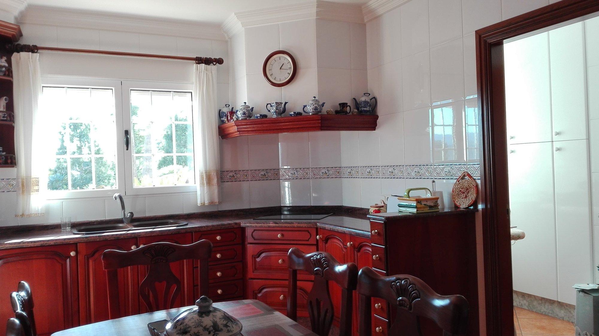 A9474: Villa for sale in COCENTAINA