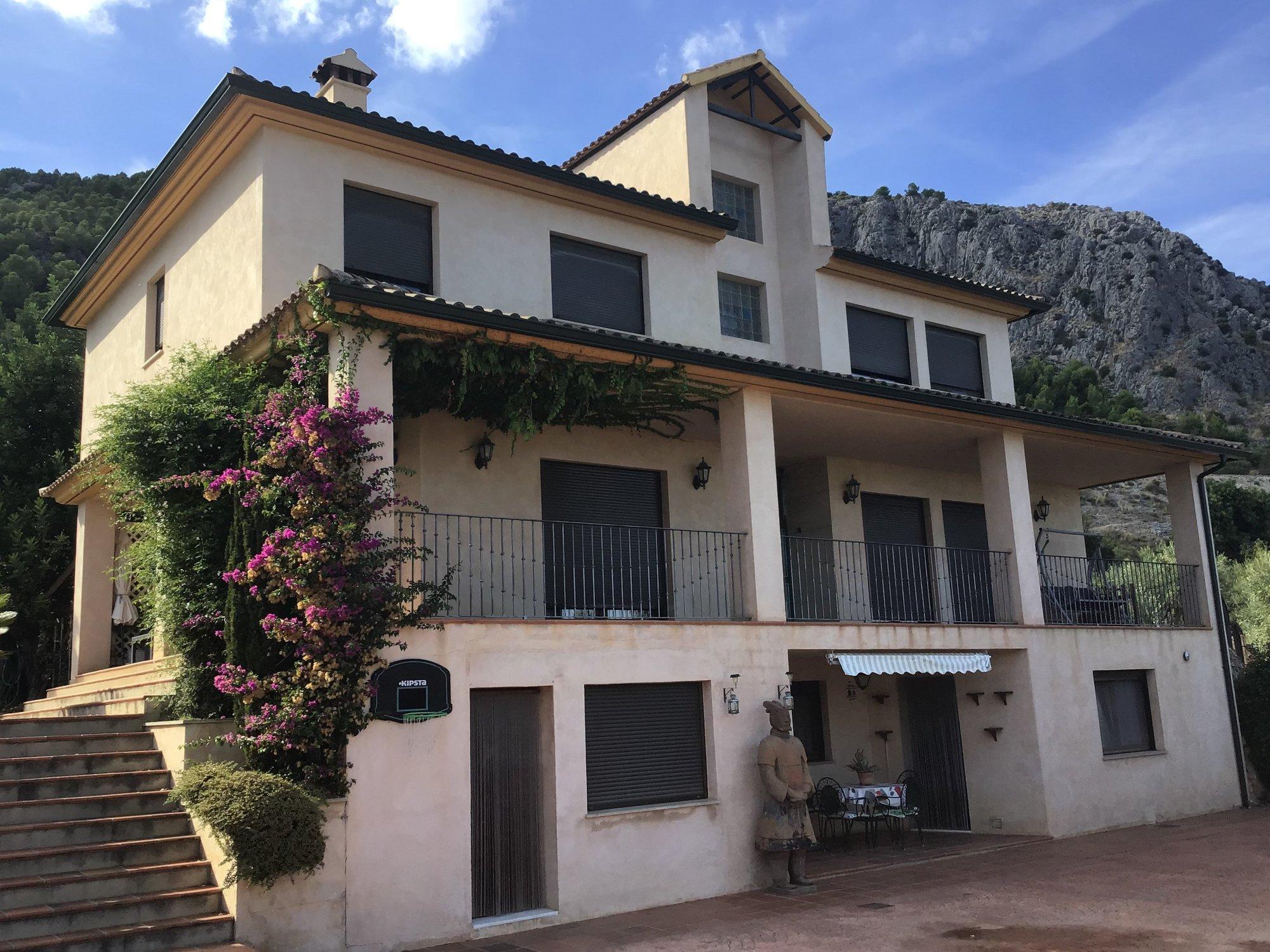 Ref:A18025 Villa For Sale in MURO DE ALCOY