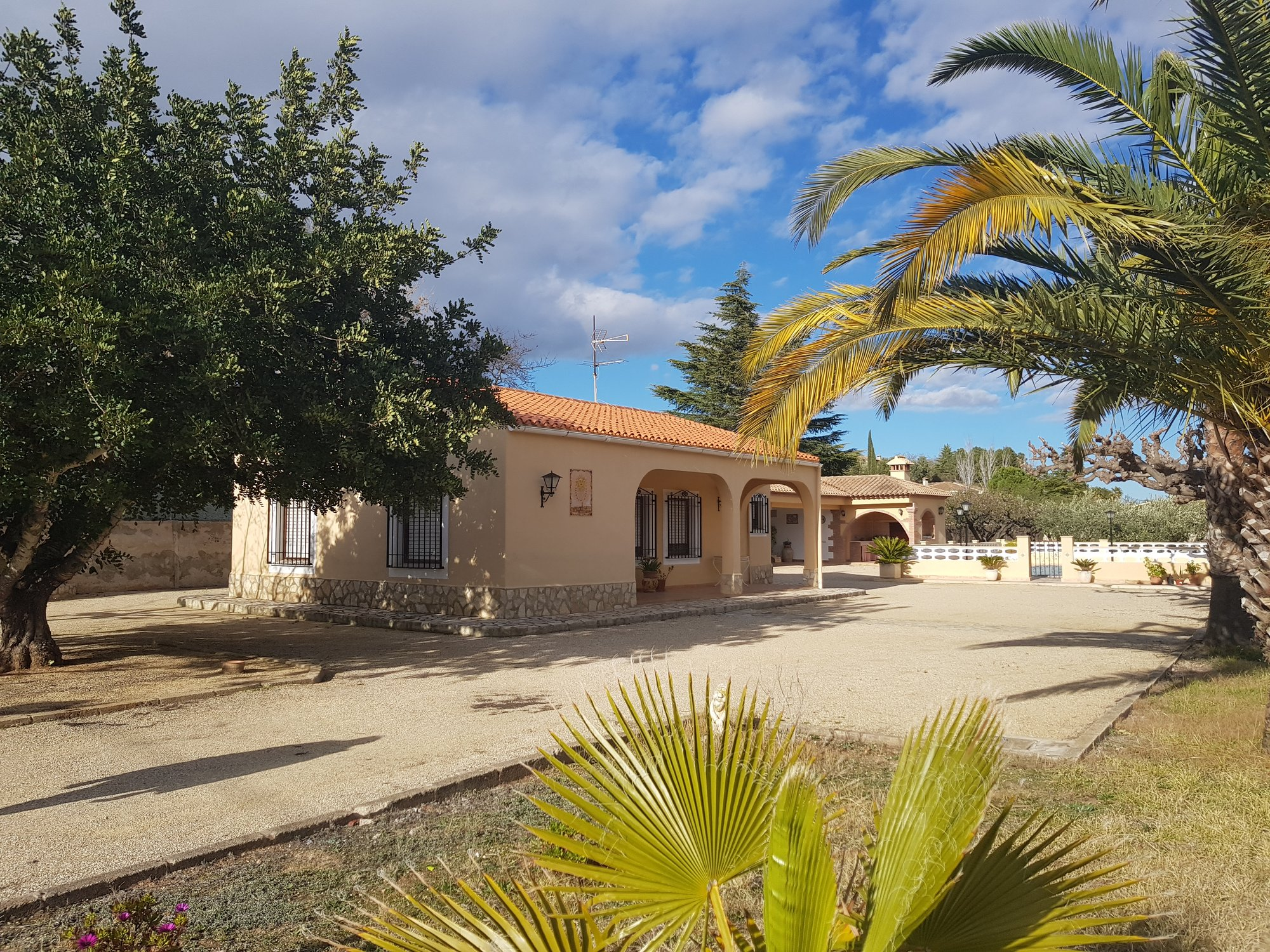 Ref:O10021 Villa For Sale in ONTINYENT