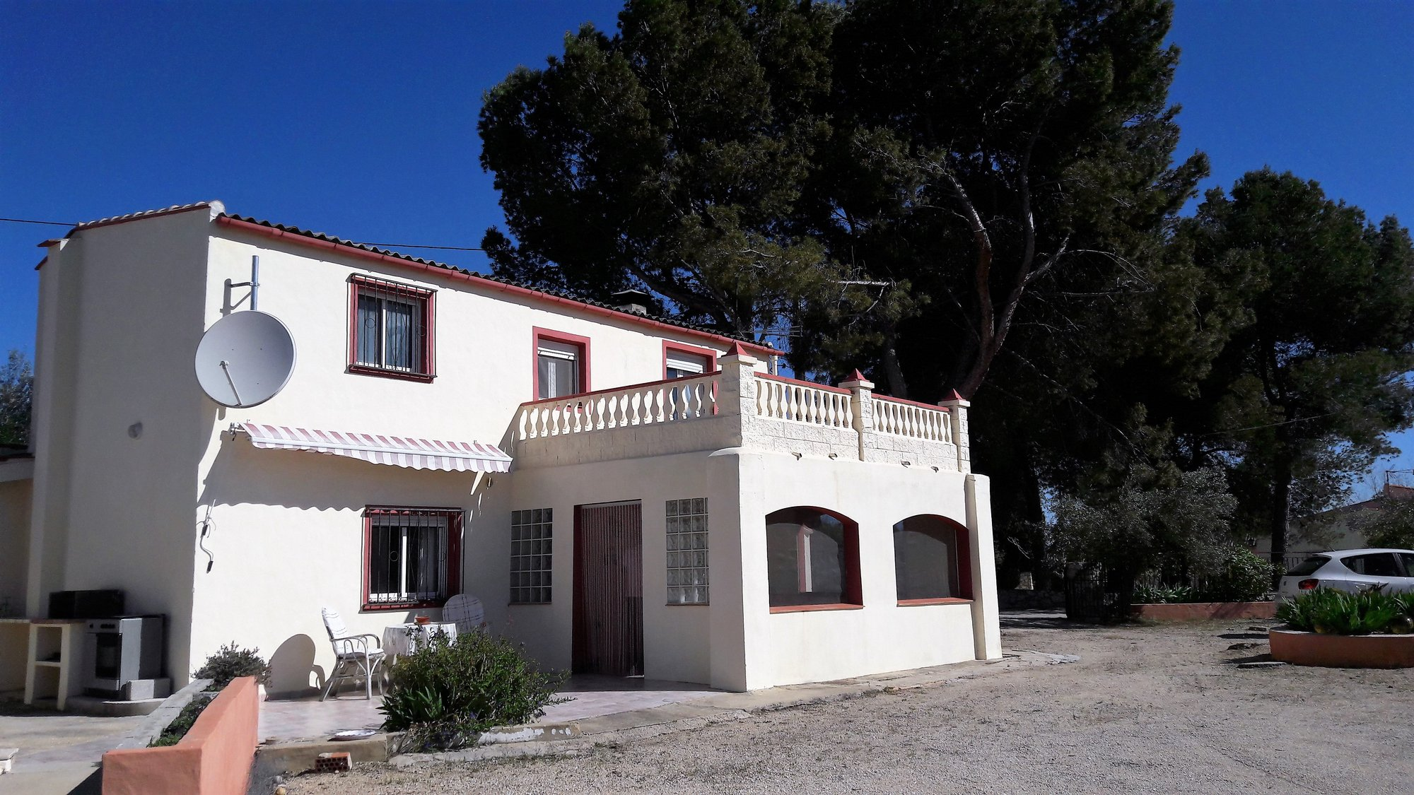 Ref:O10049 Villa For Sale in ONTINYENT