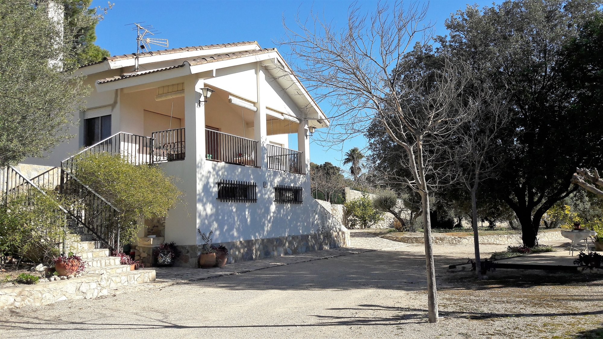 Ref:O10659 Villa For Sale in ONTINYENT