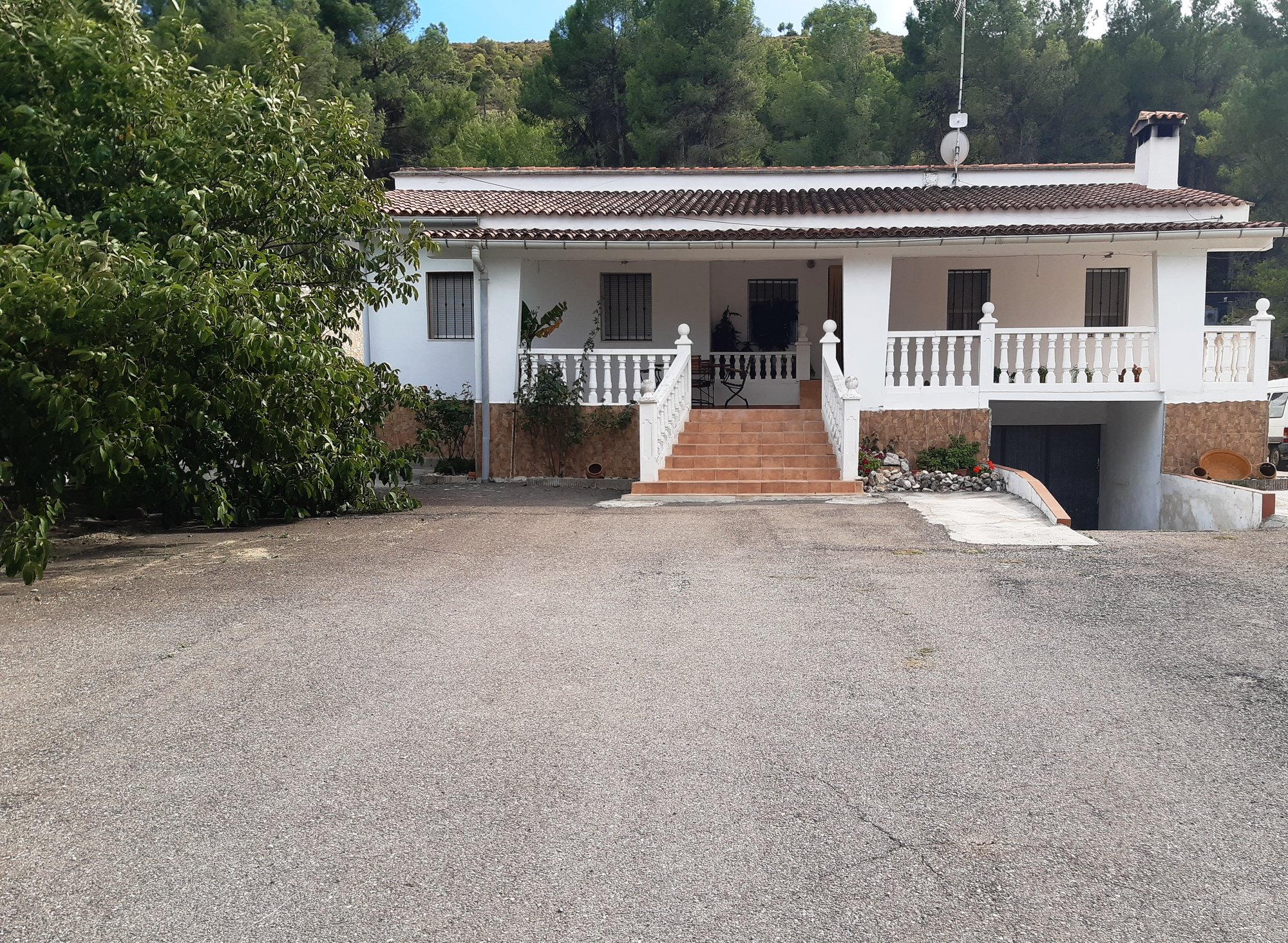 Ref:O11978 Villa For Sale in ONTINYENT