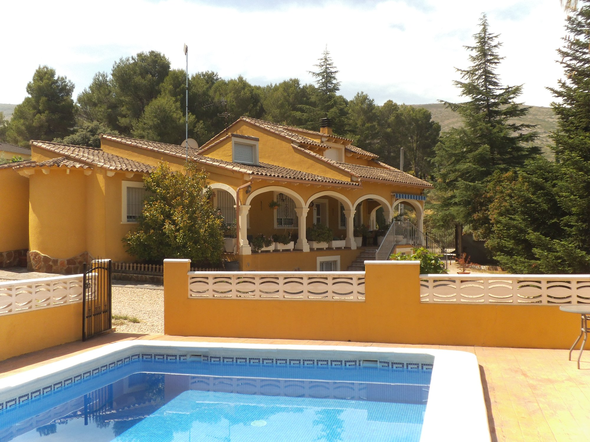Ref:O6118 Villa For Sale in ONTINYENT