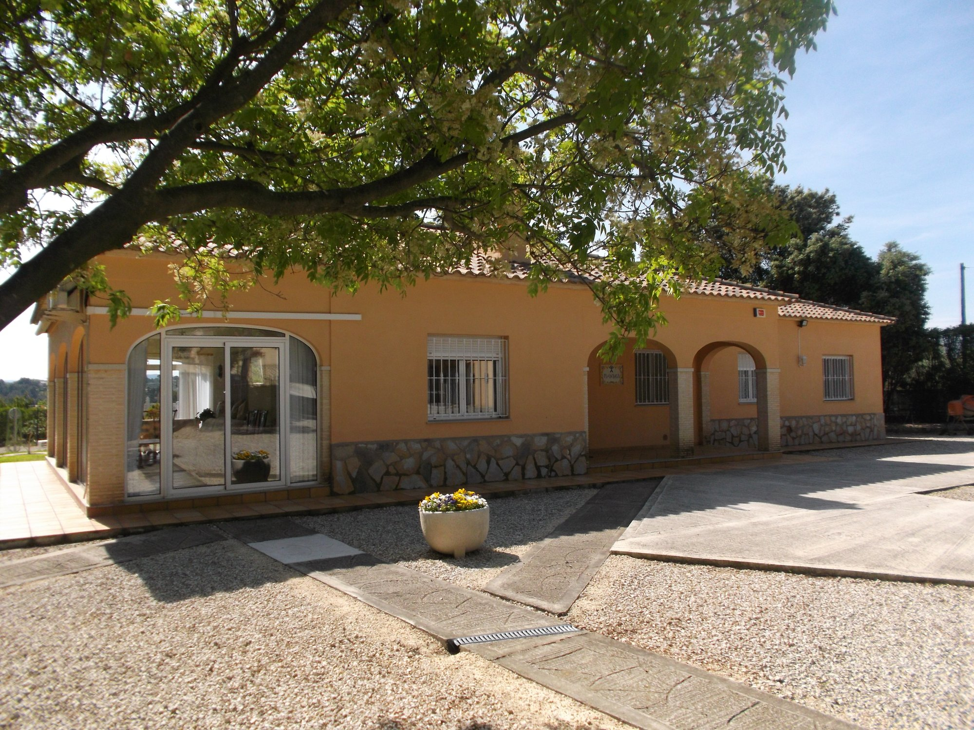 Ref:O8337 Villa For Sale in ONTINYENT